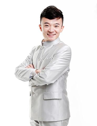 青年相声演员 李梓庭