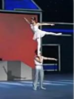 天津市雜技團 雜技《肩上芭蕾》